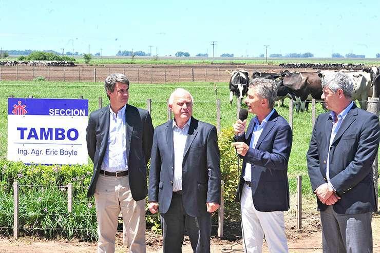 El presidente Mauricio Macri en su anuncio al sector lechero.