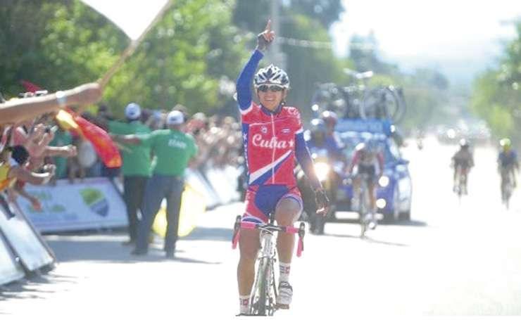 CUBANA. Iraida García arriba a Merlo (Ciclismo XXI).