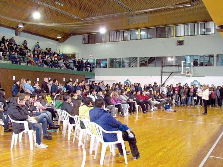 Se estima que fueron un total de 6 mil personas las que participaron en las reuniones.