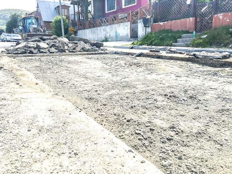 El trabajo pretende recuperar el circuito vial prioritario en la ciudad.